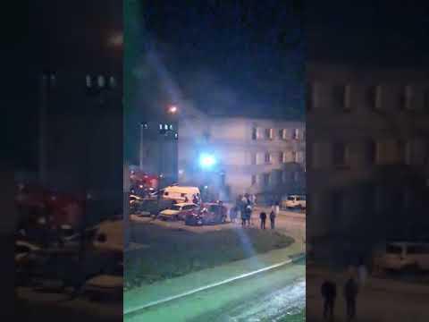 В Аниве эвакуируют жителей трехэтажного общежития