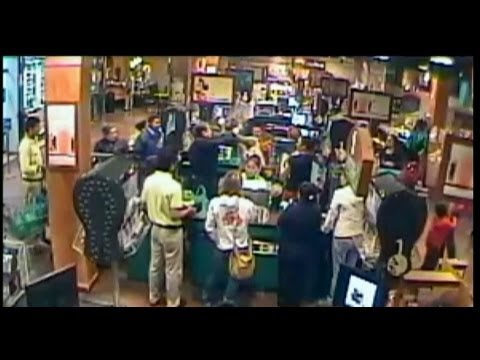 Ambassador fights women at Peru supermarket