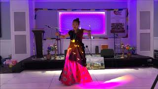 Kadam Chala Aghi Pachhi... Dance by Sunita Pun