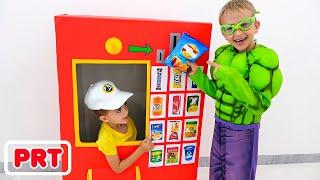 Vlad e Nikita super heróis da máquina de venda automática crianças história de brinquedos