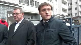 Обманутые дольщики дома на улице Матросова высказывают претензии чиновникам