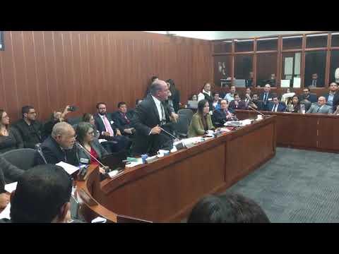 Enfrentamientos entre Senadores Carlos Mejía y Pablo Catatumbo