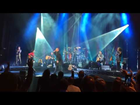 Simple Minds Stand By Love Acoustic live at Hackney Empire 10-11-2016