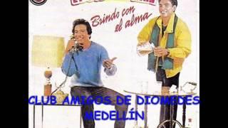 01  SIN MEDIR DISTANCIAS - DIOMEDES DÍAZ & EL COCHA MOLINA (1986 BRINDO CON EL ALMA)