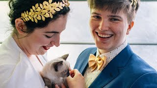 Seattle Couple Opts for 'Kitten Hour' at Their Wedding Instead of Cocktails