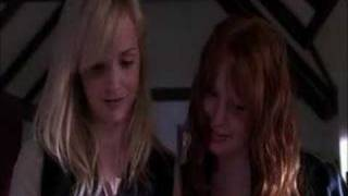 Six Feet Under S04- Claire & Edie