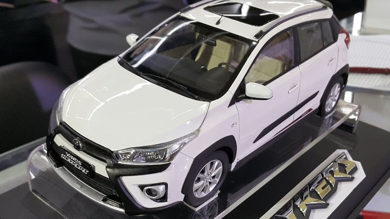 Diecast Grand New Avanza Fitur 2016 Toyota Yaris Heykers 1 18 Youtube