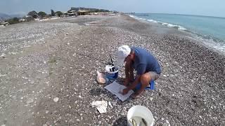 Рыбалка на Средиземном море на удочку с берега Пляж Чамьюва
