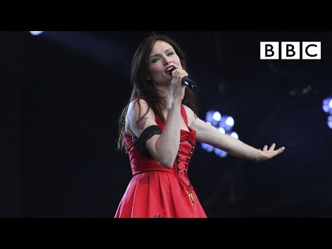 Sophie Ellis Bextor  Groovejet If This Aint Love  at T in the Park 2014
