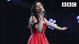 Sophie Ellis Bextor performs Groovejet (If This Ain't Love) live at T in the Park - BBC