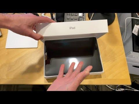 "ipad-7th-generation-10.2""-(2019-version)-unboxing"