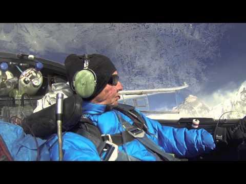 First Glider Pilots to Reach Mt. Everest