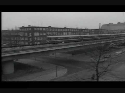 Opening van de Rotterdamse Metro in 1968 door Beatrix en Claus