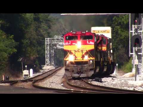 NORFOLK SOUTHERN TRAINS SHOT IN MABLETON,GA. 9-20-2017 PART #1