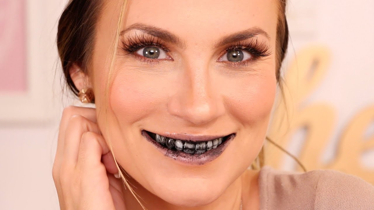 Beauty Hack: Activated Charcoal Teeth Whitening | Before