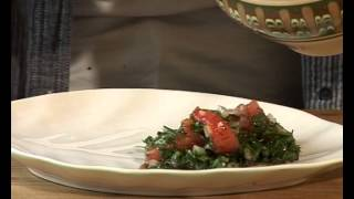 "Фирменный салат от Елены Маньенан ""Зеленый творог"""