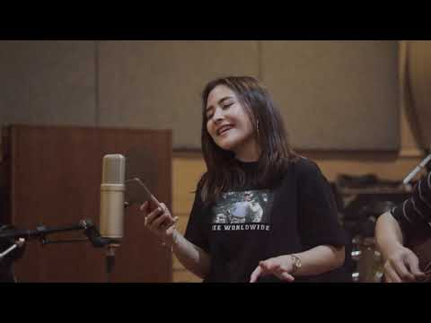 Prilly Latuconsina - NASA  By Ariana Grande (Live Acoustic Cover )