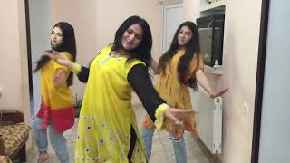 Gali gali mein phirta hai / Dance Group Lakshmi / Rehearsal