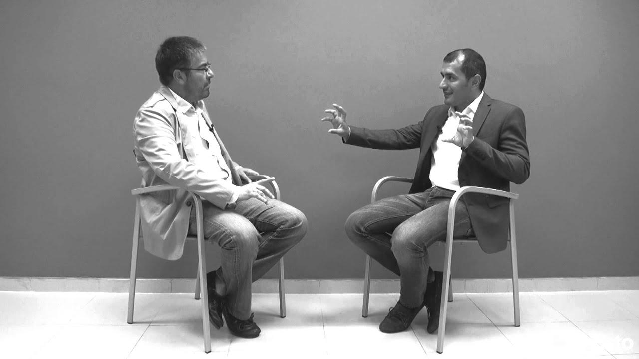 Rogelio Fernández habla con José Luis González Pernñia Entrevista sobre Emprendimiento