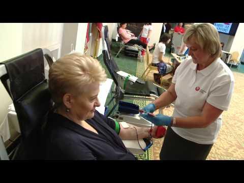 Prezidentė Dalia Grybauskaitė prisijungė prie kraujo donorų akcijos