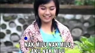 """Lagu Daerah OKU Sumatera Selatan, """"Kemintul"""" By, W Mp3"""