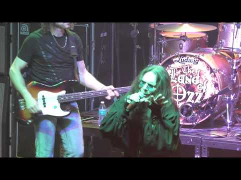 The Land Of Ozz Performing At The Tally Ho Theater {MR CROWLEY}