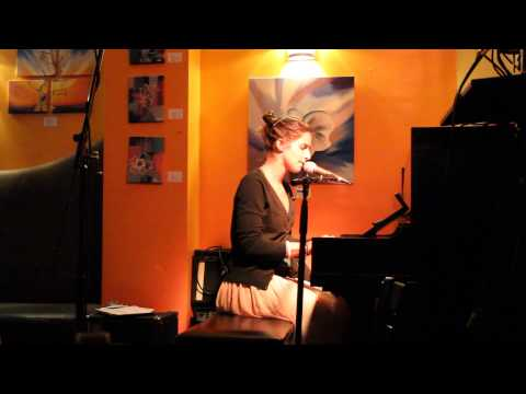Victoire Oberkampf - Vieille chanson du jeune temps @ Path Café