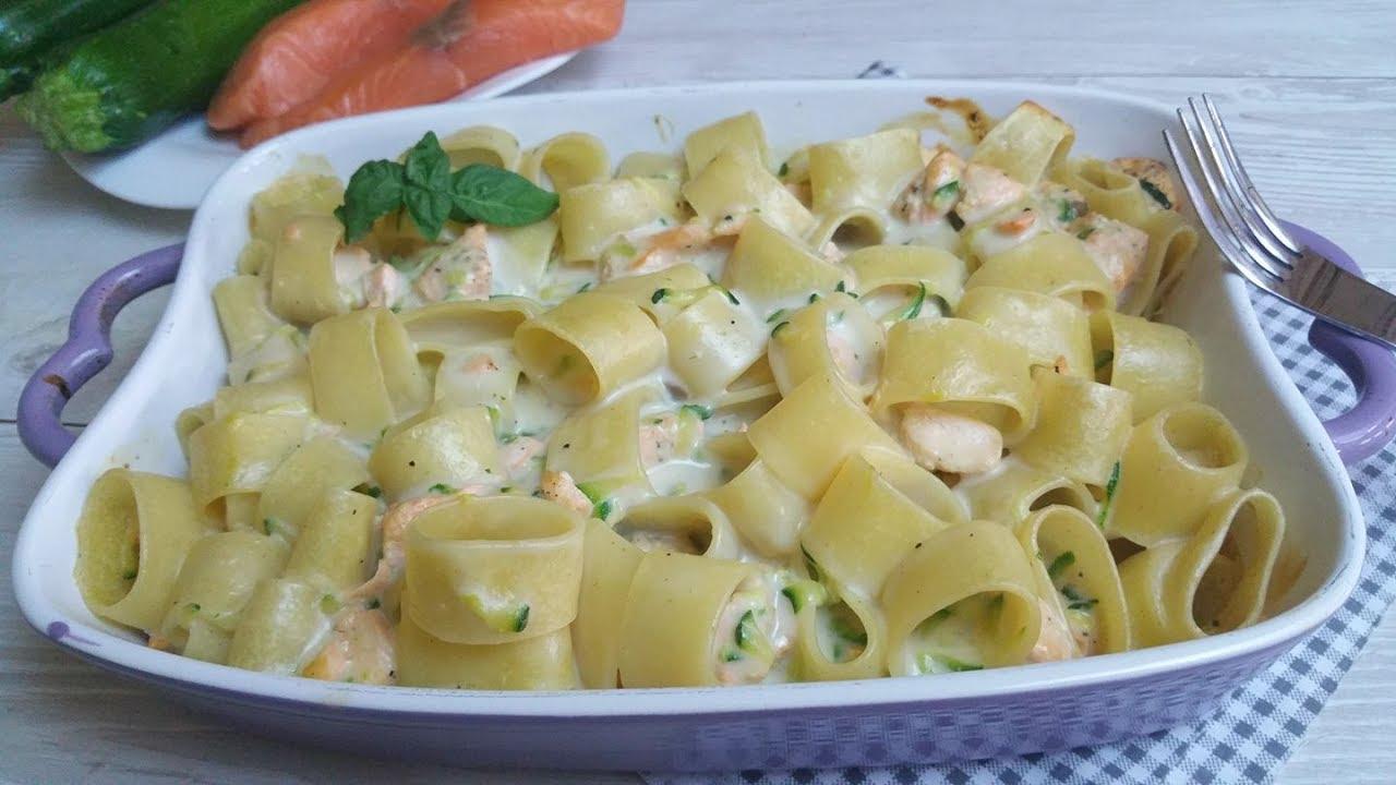 Pasta al forno salmone e zucchine
