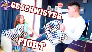 BRUDER vs. SCHWESTER - Geschwister FIGHT - Family Fun