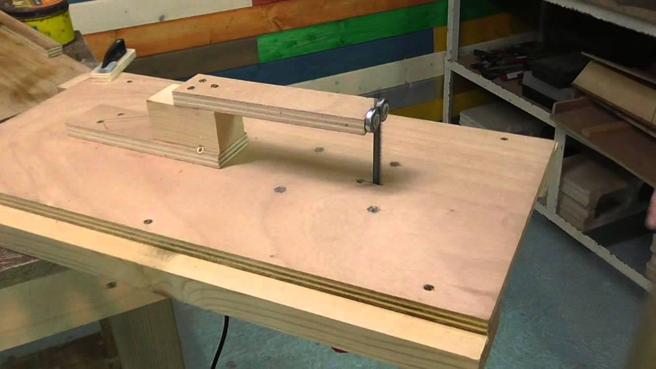 Carro de escuadrar con la sierra de calar de mesa jigsaw - Sierra de calar ...