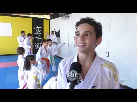 O Povo na TV: Escola de karatê da capital se prepara para competição nacional