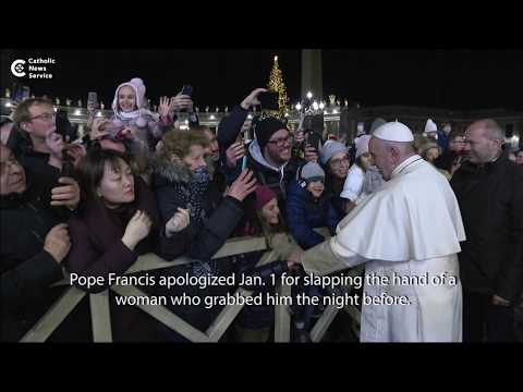 Pope apologizes for slapping woman's hand