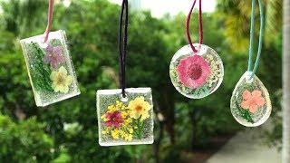 DIY Resin Pendants With Dried Flowers - Tutorial