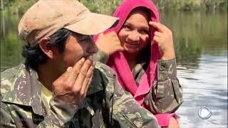 Famílias vivem isoladas na Amazônia e sobrevivem da coleta de piaçaba