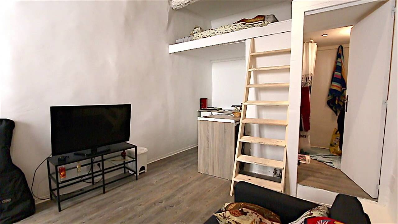 studio de 19m2 vendre aix en provence centre ville youtube. Black Bedroom Furniture Sets. Home Design Ideas