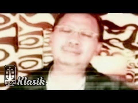 Ebiet G Ade - Rindu Selintas Bayang (Karaoke Video)