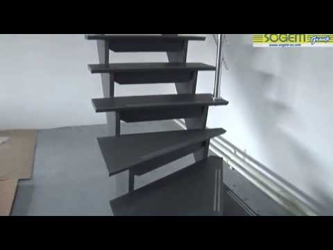 montage d 39 un escalier design en kit tambora 1 4 tournant youtube. Black Bedroom Furniture Sets. Home Design Ideas