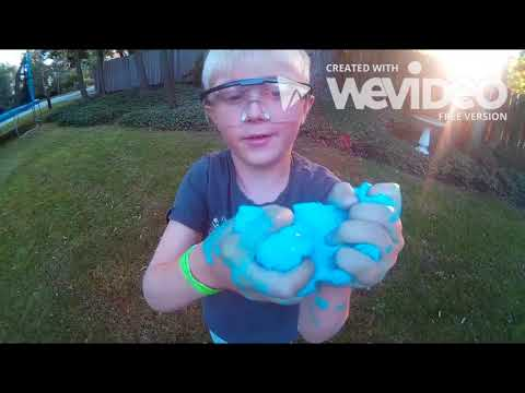 Super EASY slime for kids! Borax, glue and water!  SAFE and simple! - by Kid Scientist