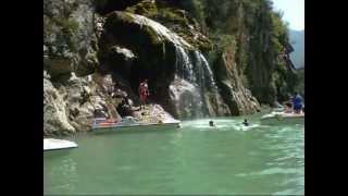 Lac de Sainte Croix et entrée des gorges du Verdon en canoe.