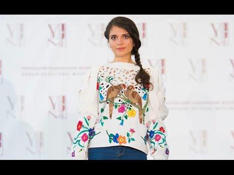 Показ колекції Vyshyvanka Couture від Оксани Караванської в Чикаго - YouTube 4ed0bb8c29a72