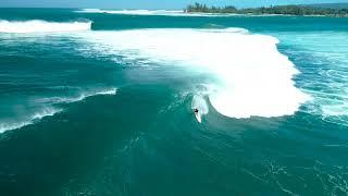 Haleiwa Surfing