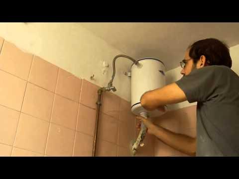 Αλλαγή παλιό καζανάκι με νέο. How to remove an old toilet tank.