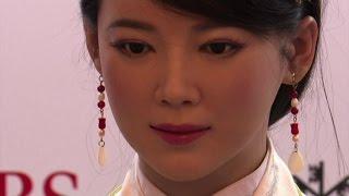 "In Cina tutti pazzi per la ""dea robot"" Jia Jia"
