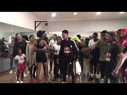 Sydneytalker at Dwp Academy dance class