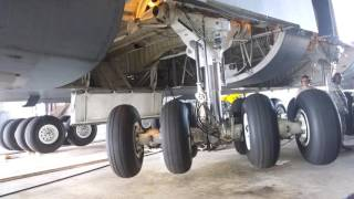 C-5 Galaxy Landing Gear Retraction/Extend