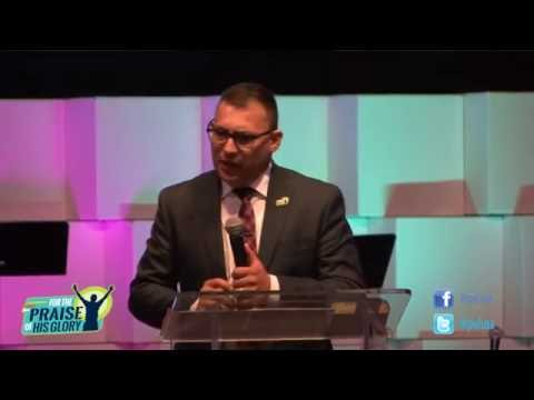 Pastor: Jonathan Valencia