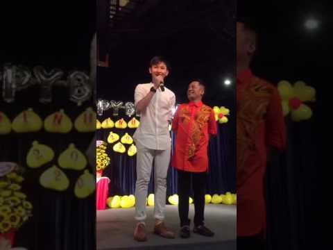 Nghệ sĩ Minh Nhí khoe con trai nuôi hot boy trong sinh nhật