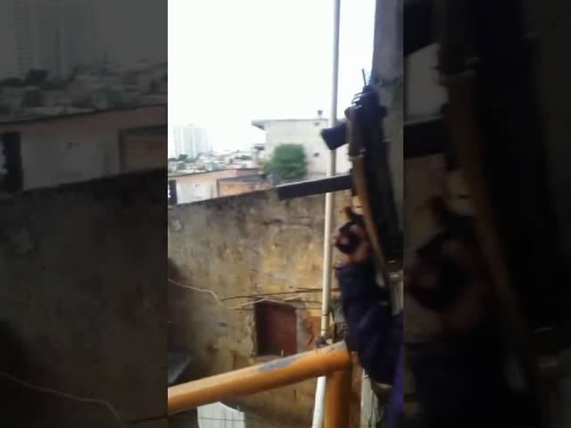 Bandidos forte mente armado em Salvador