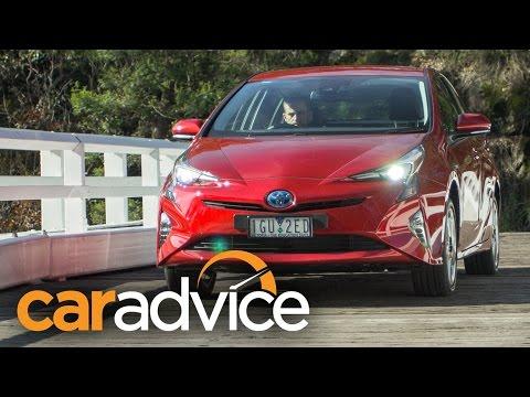 2016 Toyota Prius I-Tech Review