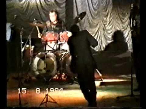 ЗАМКИ - (14.08.1994г.) Концерт в Ливенском Рок-клубе.